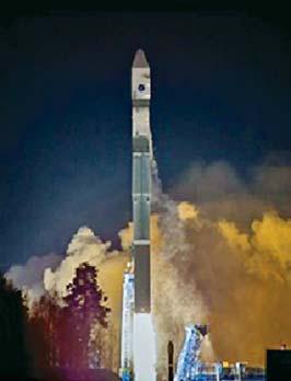 Запуск технологического образца МКА «АИСТ» 28.12.2013 с космодрома Плесецк на новой РН «Союз 2.1В»