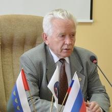 Махутов Н.А.